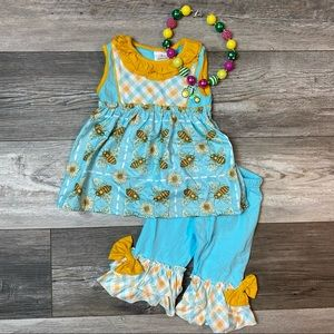 Girls boutique busy bee 2 piece outfit NEW